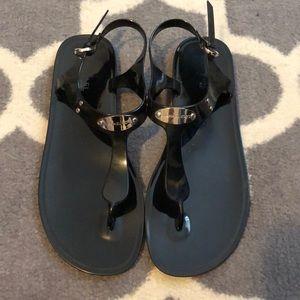 Black Michael Kors Jelly Plate Sandal size 9/10